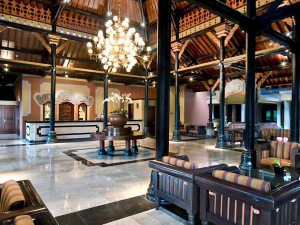 Lobby Bali Garden Beach Resort