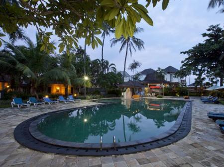 Swimming pool [outdoor] Puri Saron Hotel Senggigi