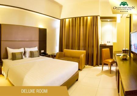 Deluxe Double Room - Bed Grand Pasundan Convention Hotel