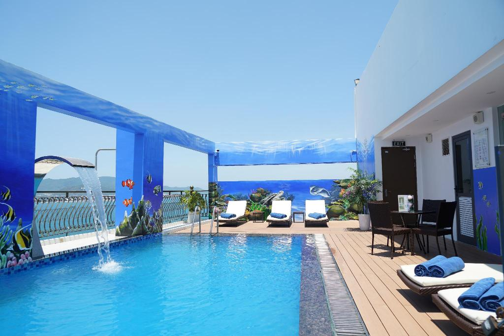 Swimming pool [outdoor] Imperial Nha Trang Hotel