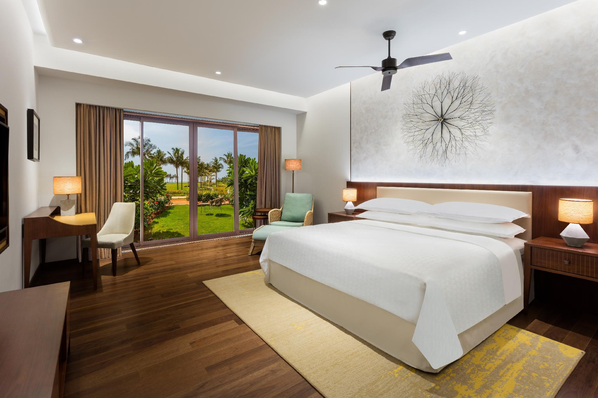 Sea View with Garden King, Guest room, 1 King, Atrium view