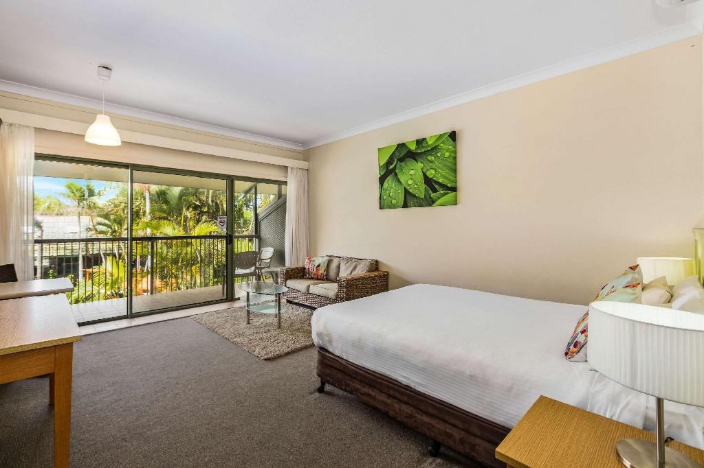 1 Queen Bed Non Smoking - Guestroom Quality Hotel Ballina