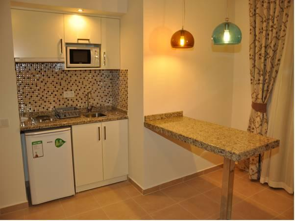 Apartamento 1 quarto (4 Adultos) (One-Bedroom Apartment (4 Adults))
