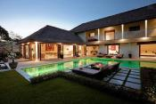 4 Bedroom Luxury Villa at Seminyak Promo
