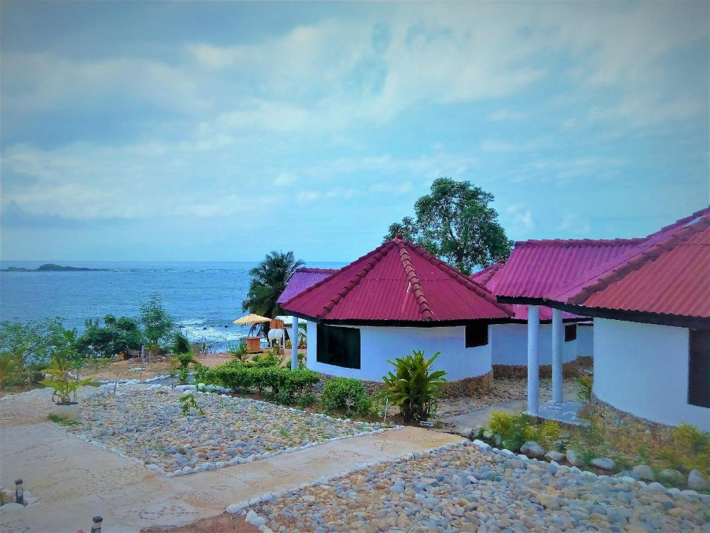 More about Busua Paradiso Beach Resort