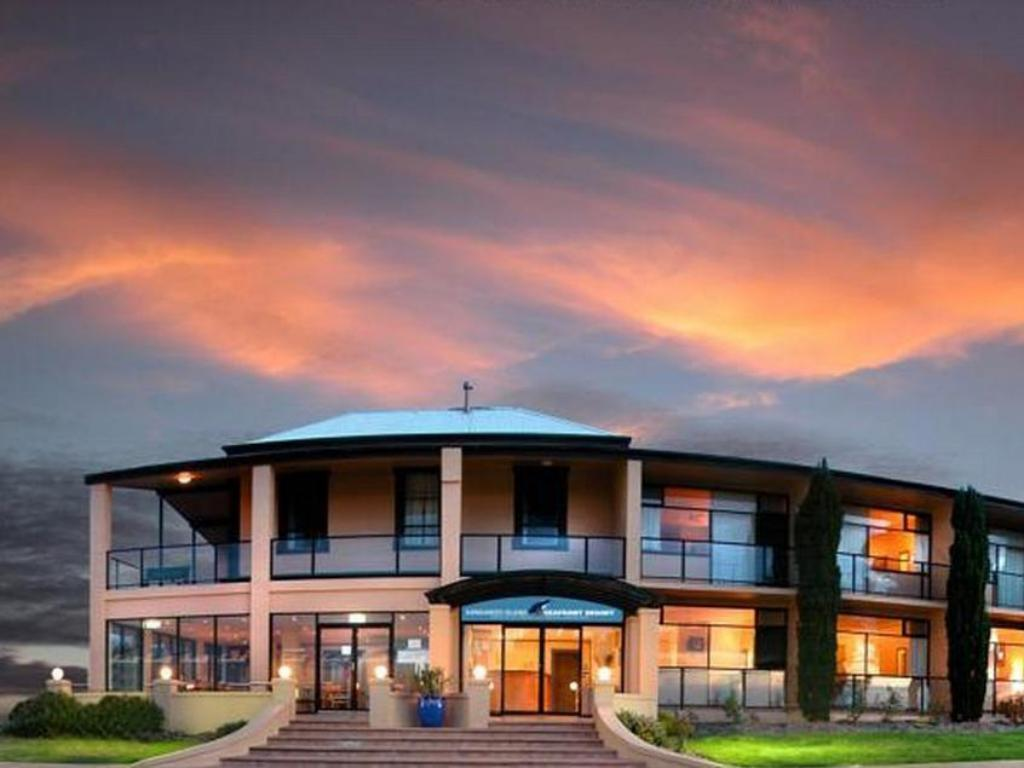 More about Kangaroo Island Seafront Hotel