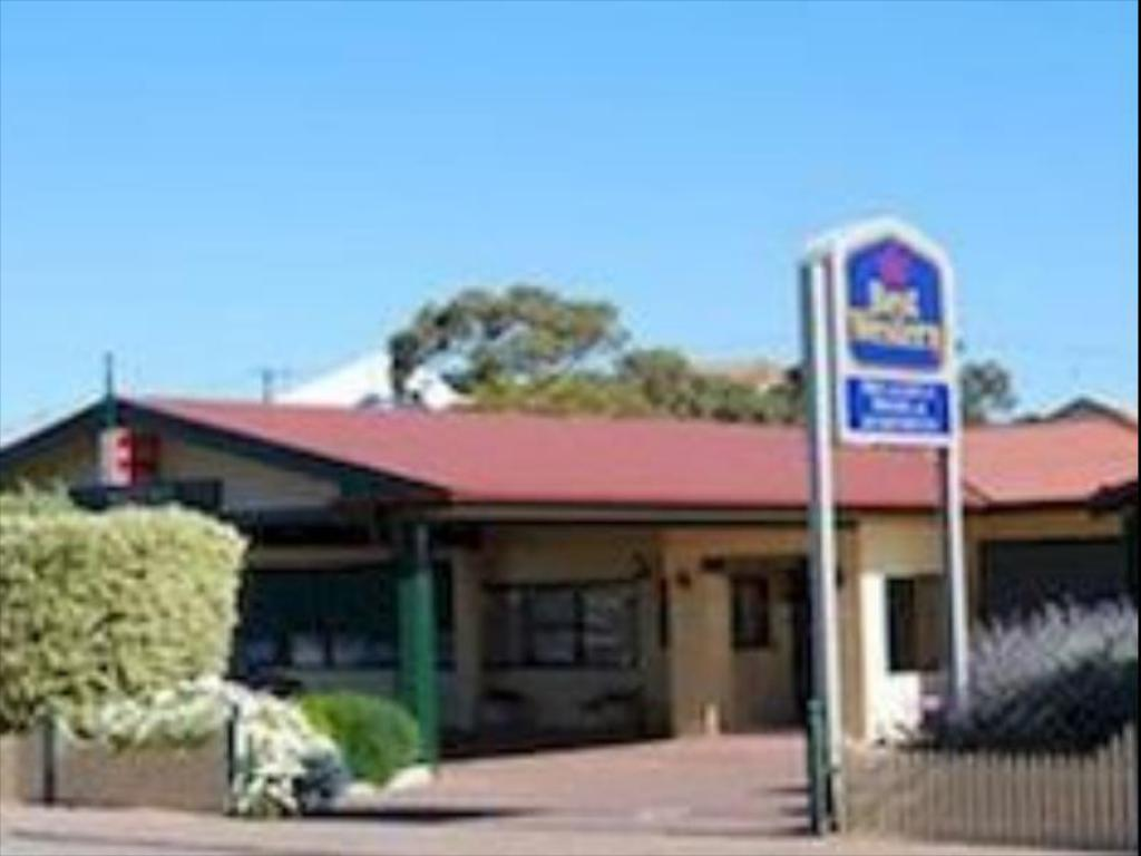 See all 30 photos Best Western Melaleuca Hotel and Apartments