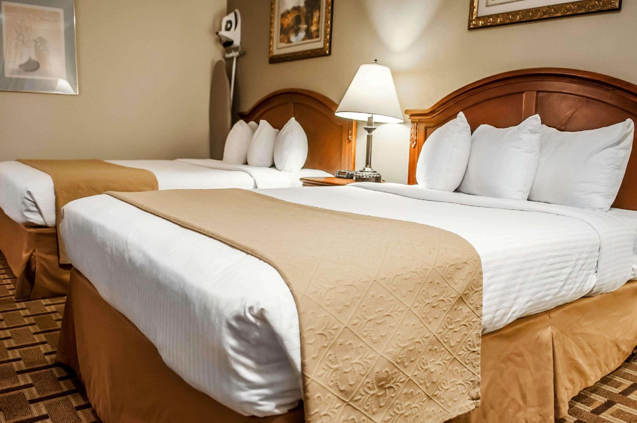 Quality Inn Hotel Santa Fe Nm Deals Photos Reviews