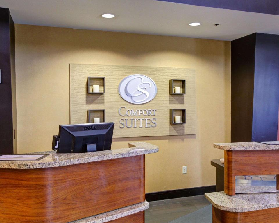 Lobby Comfort Suites Buda - Austin South