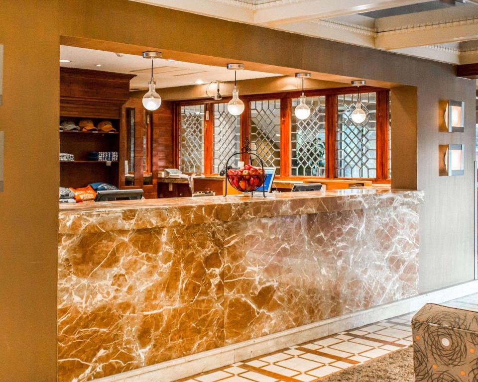 Lobby The Woodlands Inn An Ascend Hotel Collection Member