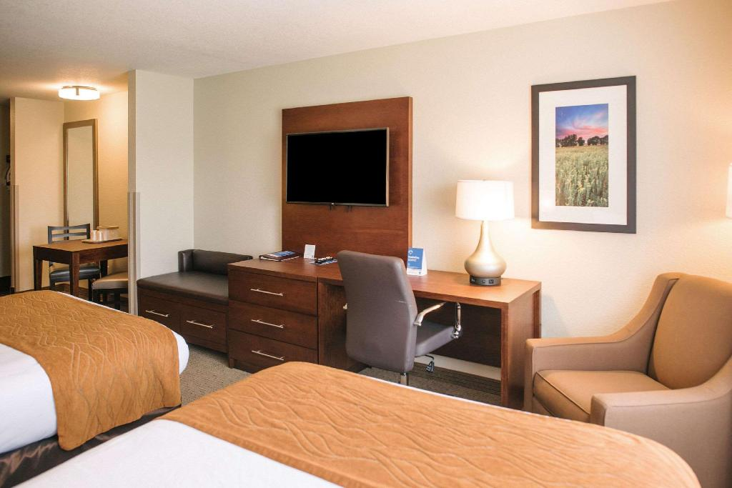 Suite 2 Queen Beds - Suite room Comfort Inn & Suites