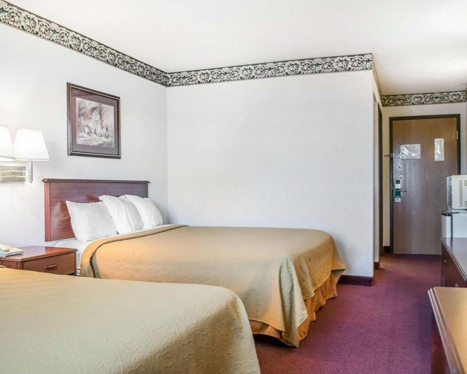 2 Queen Beds, Nonsmoking, Accessible - Guestroom