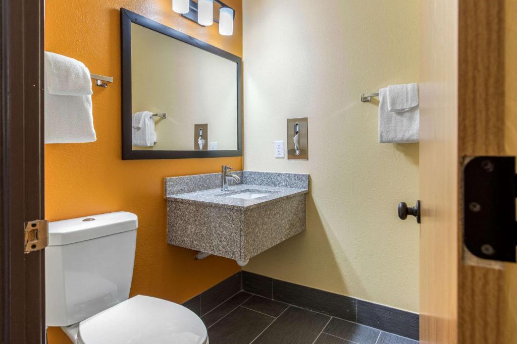 Quality Inn Grand Rapids Near Downtown Hotel (Grand Rapids (MI)) - Deals,  Photos & Reviews