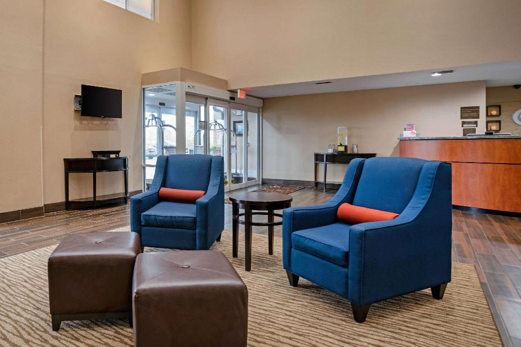 Lobby Comfort Suites Foley - North Gulf Shores
