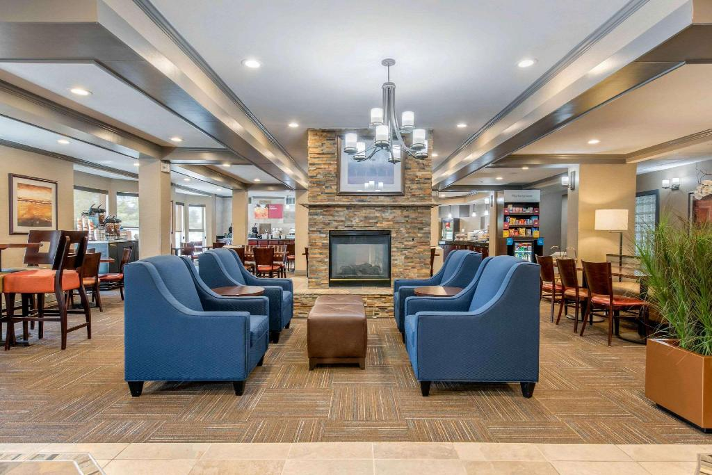 Lobby Comfort Suites Denver Tech Center