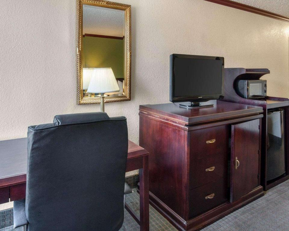 Superior Double Accessible - Guestroom Quality Inn