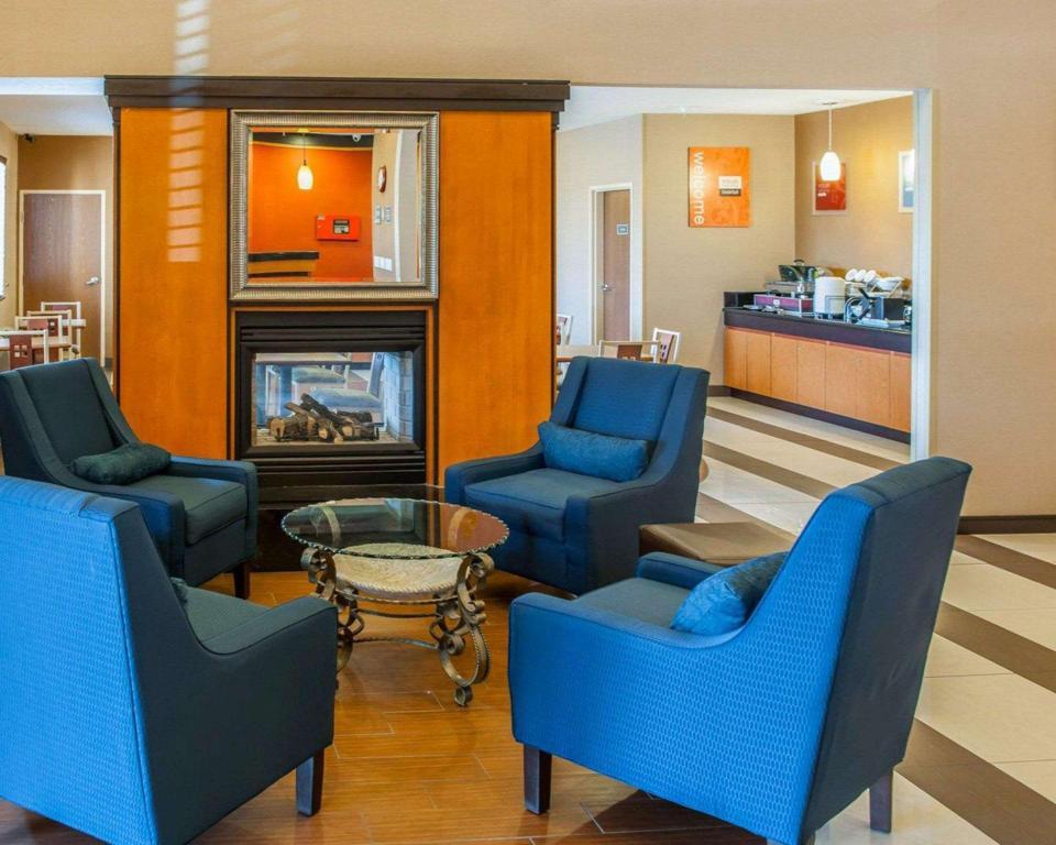 Comfort Suites Ne Indianapolis Fishers in Indianapolis (IN ...