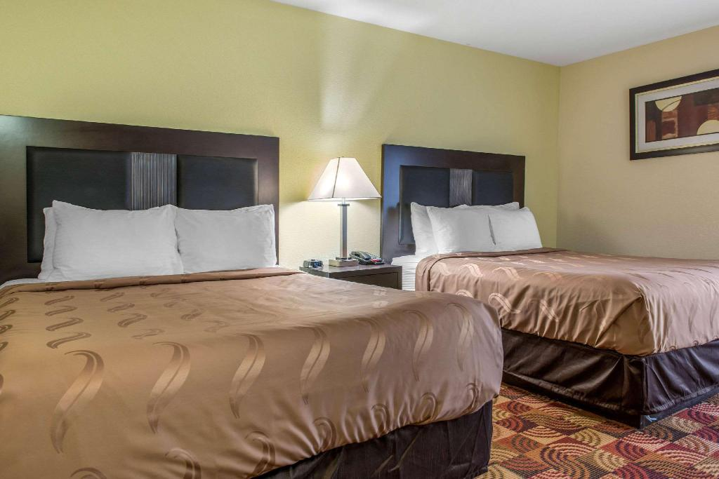 2 Queen beds, No Smoking - Guestroom