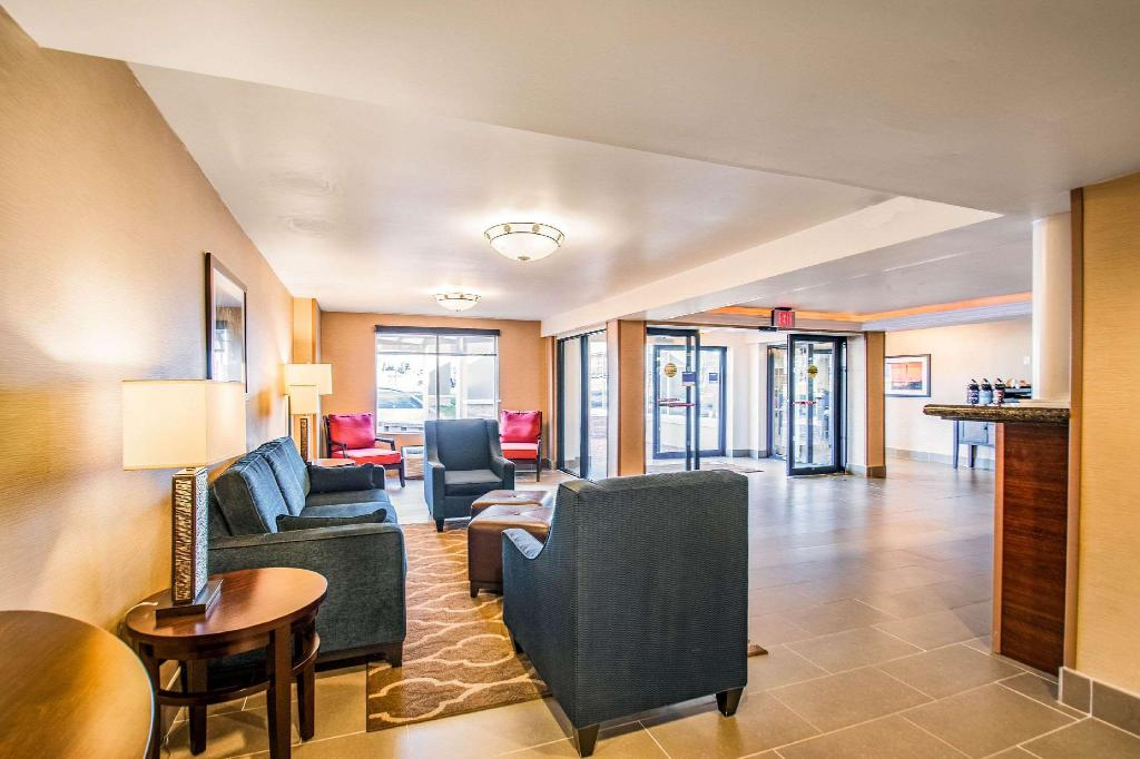 Lobby Comfort Inn Arlington Boulevard Falls Church
