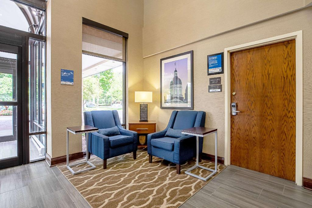 Comfort Inn Indianapolis North - Carmel in Indianapolis (IN ...