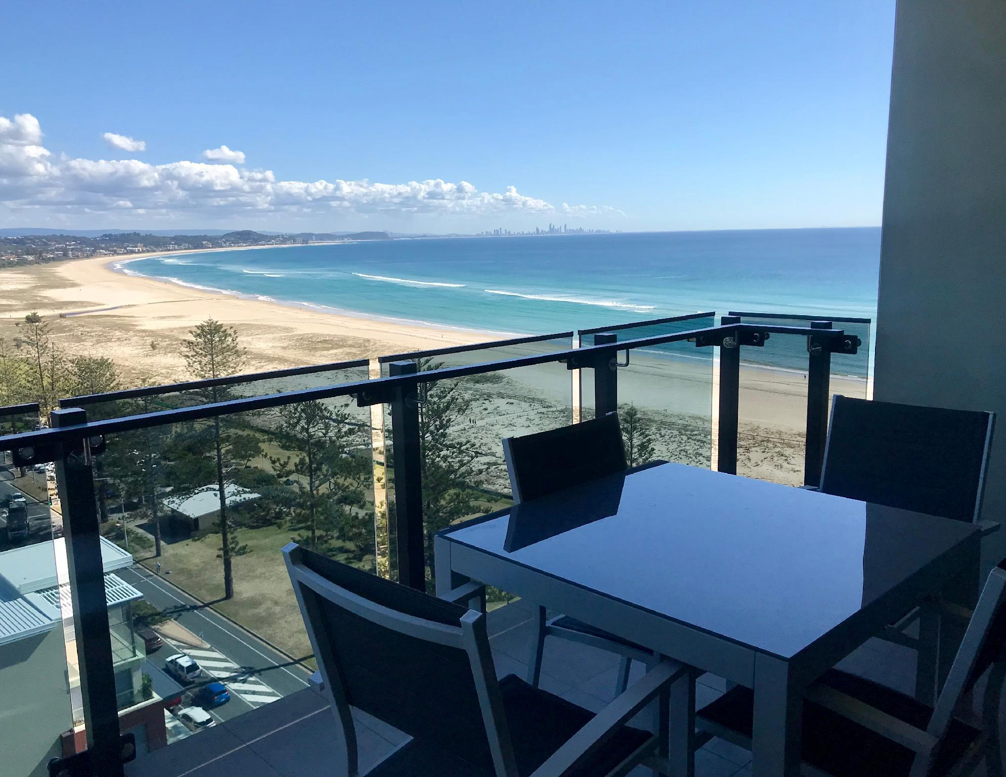 High Floor 2-Bedroom Standard Ocean View Apartment
