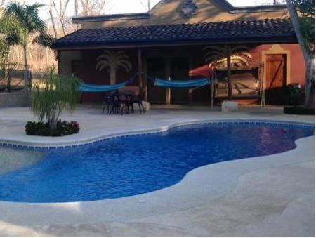 Swimming pool Casas del Toro Playa Flamingo