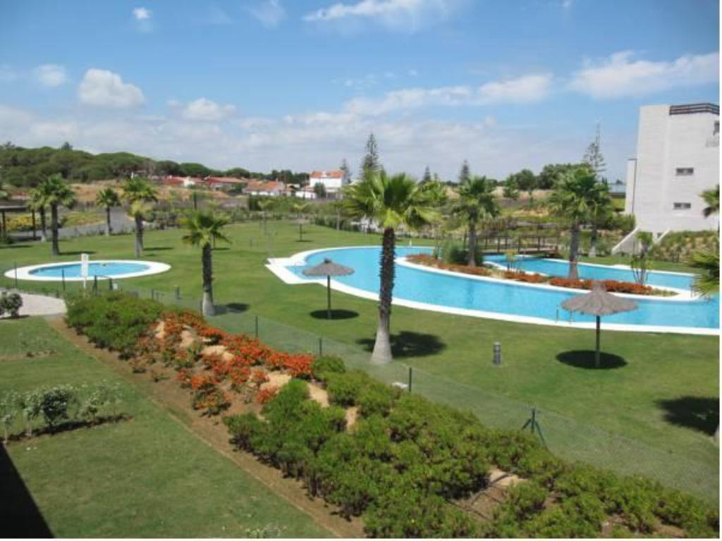 Swimming pool Life Apartments El Rompido