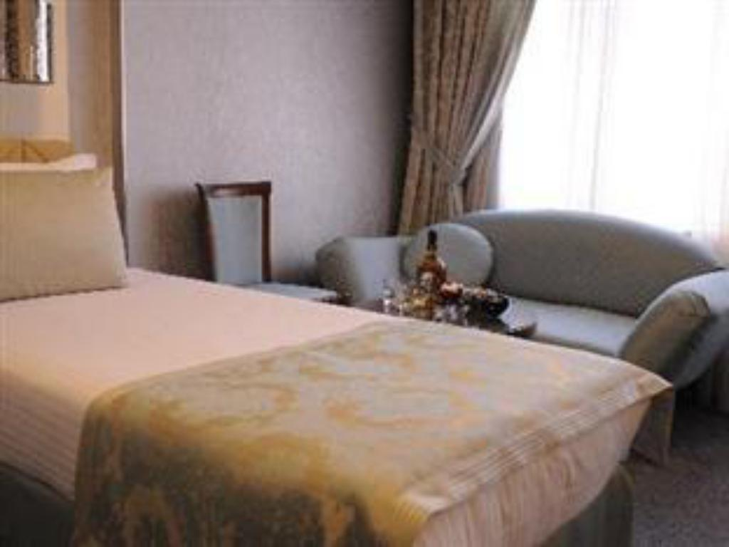Standard Double or Twin Room - Guestroom Hotel Grand Star