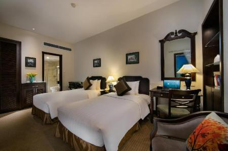 Classic Double or Twin Room Zephyr Suites Boutique Hotel