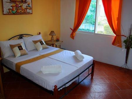 Single Room Beach House Dive Point Alcoy Resort