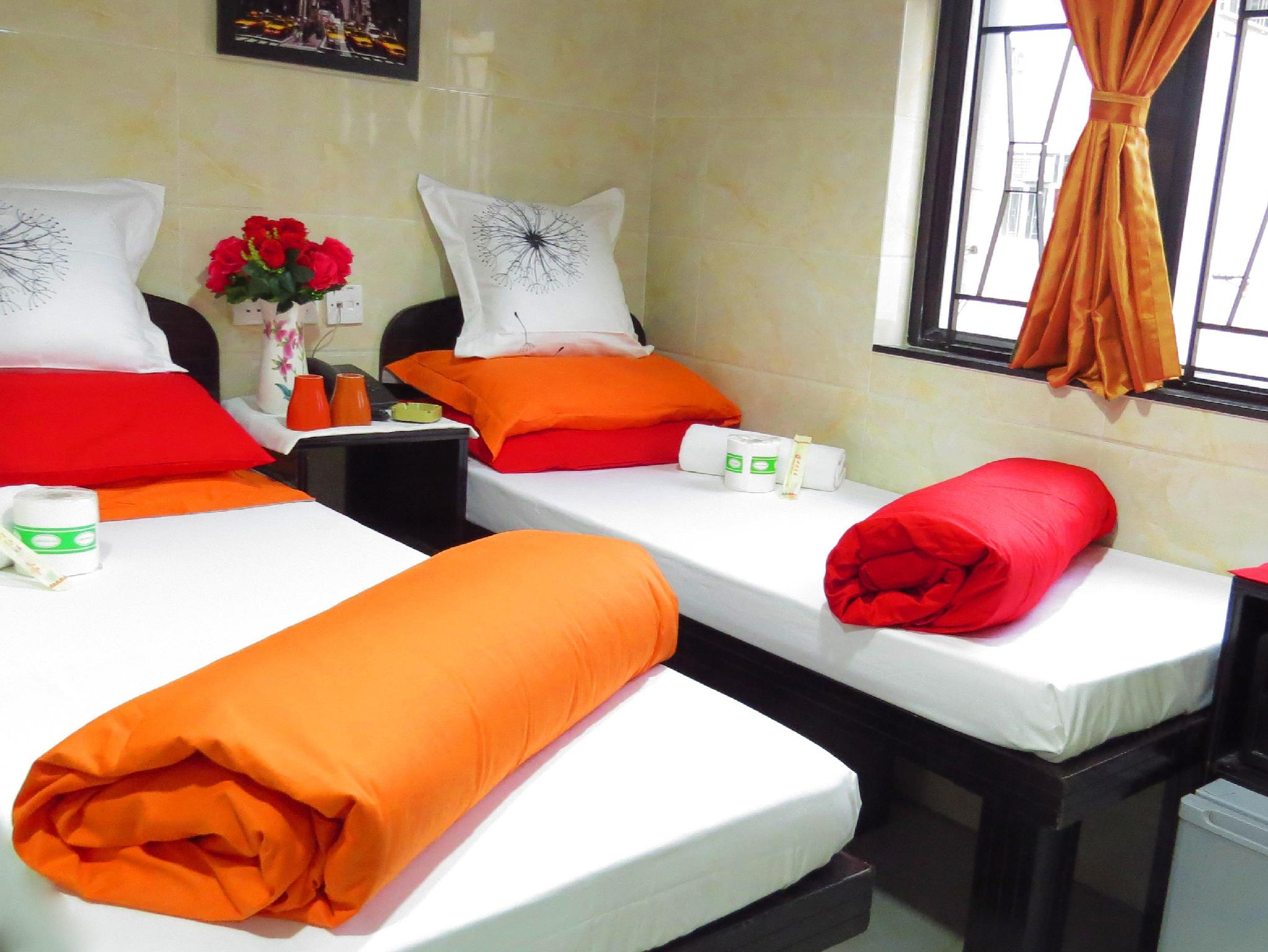 Dormitory  Male For  4 - 6 persons