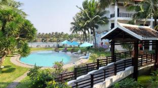 River Beach Resort