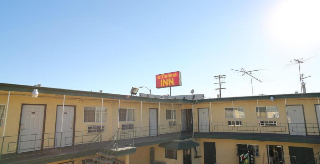 More about Eastsider Motel
