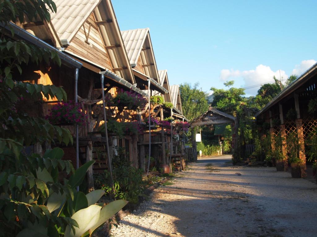 More about Monpai Resort