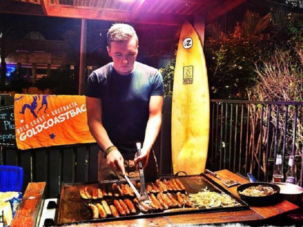 Rooms: Surf N Sun Beachside Backpackers In Gold Coast