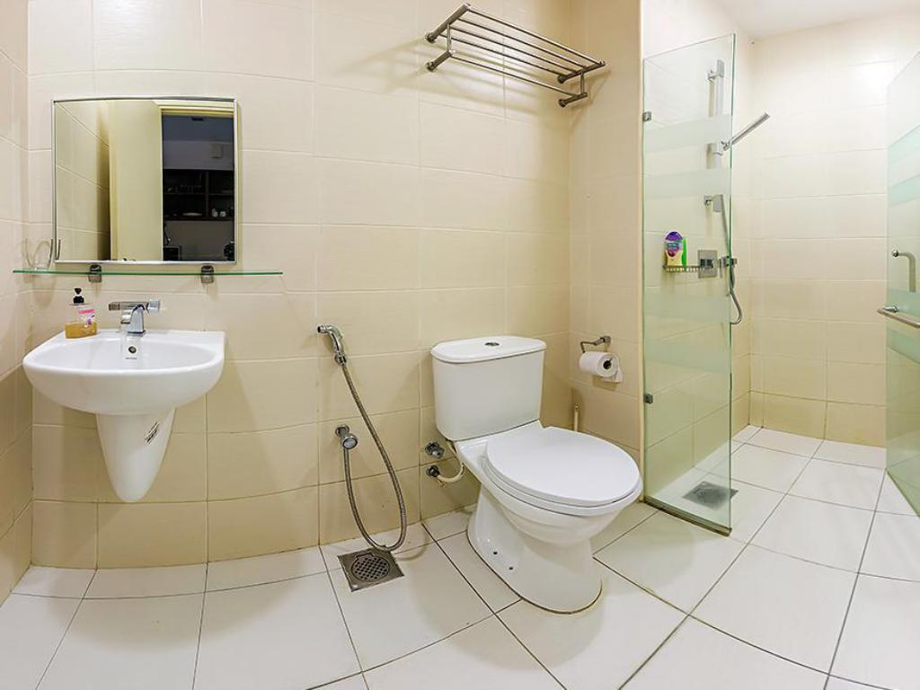 Queen Studio - Bathroom RH Suites at Publika