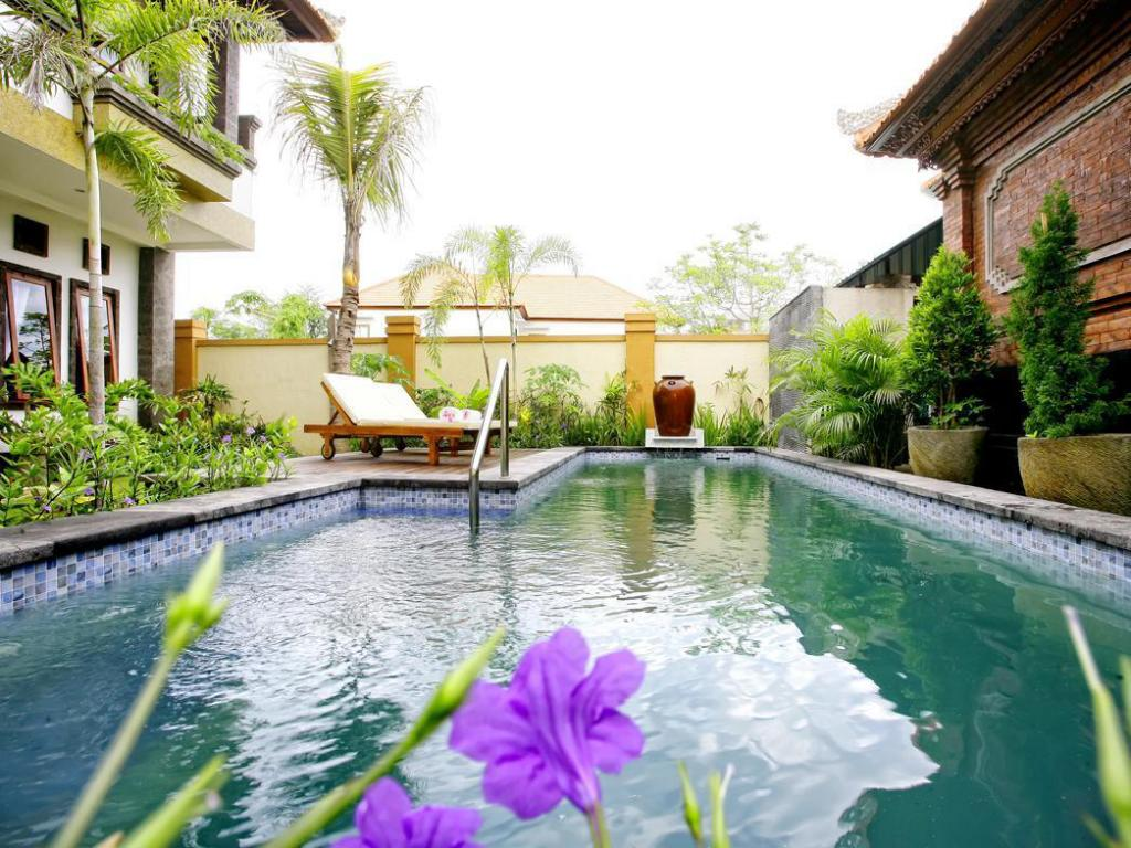 More about Tanjung Sari Inn
