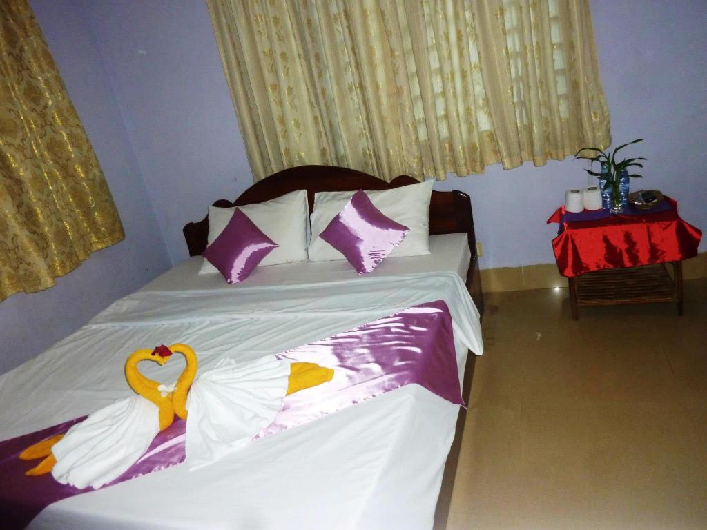 Double Fan Angkor Reas Guesthouse