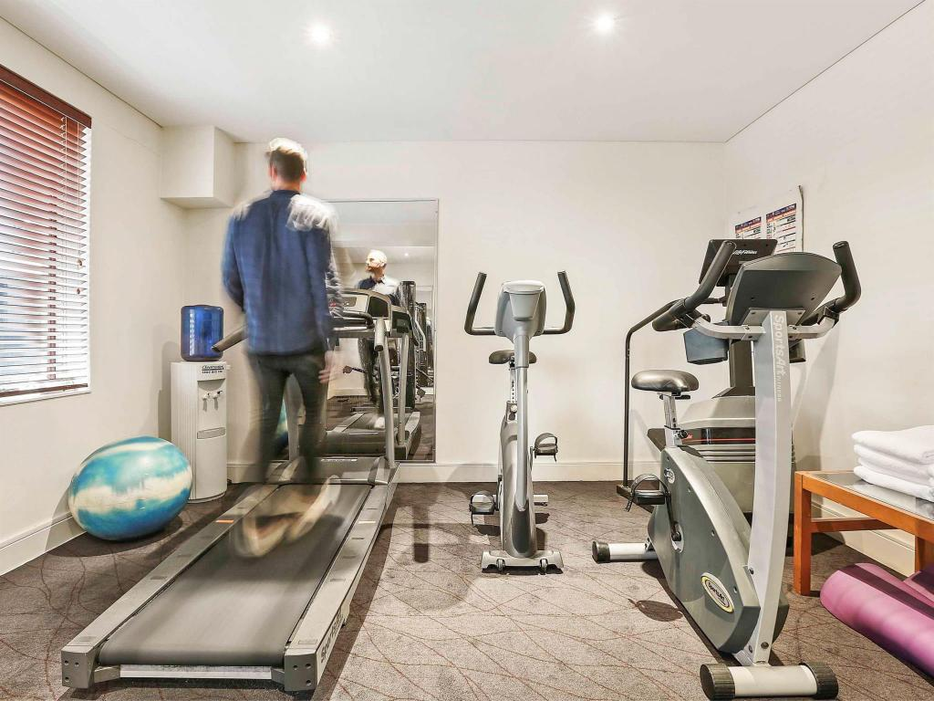 Hotel Ibis World Square Best Price On Hotel Ibis World Square In Sydney Reviews