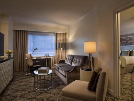 Executive klases Suite numurs Loews Regency Hotel New York