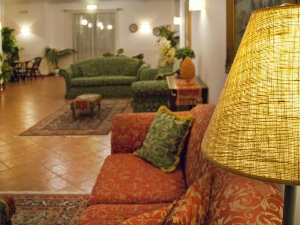 Empfangshalle Pigna D Oro Country Hotel