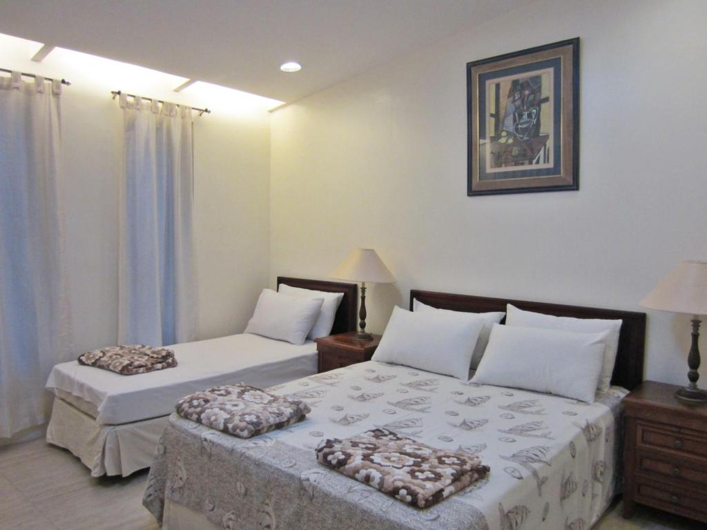 2 Bedroom Suite - Bed Agreeable Family Baguio Suites
