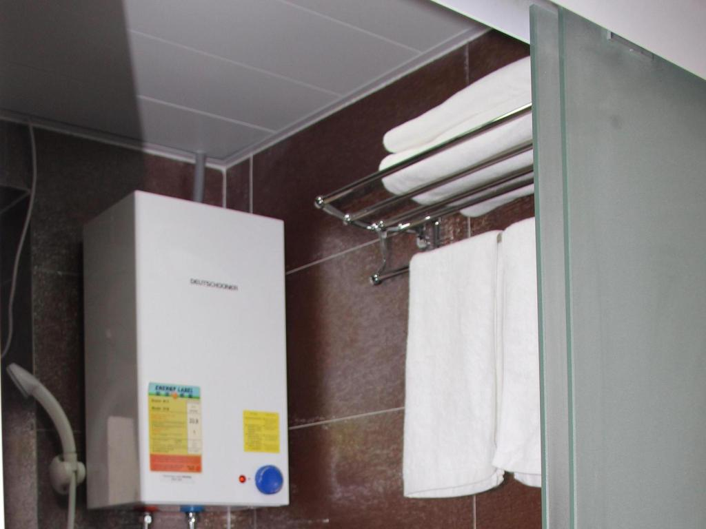 Bathroom Comfort Guest House E