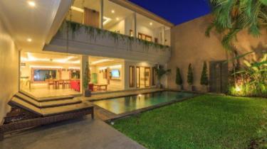 5br Villa Arta Central Seminyak In Bali Room Deals Photos Reviews