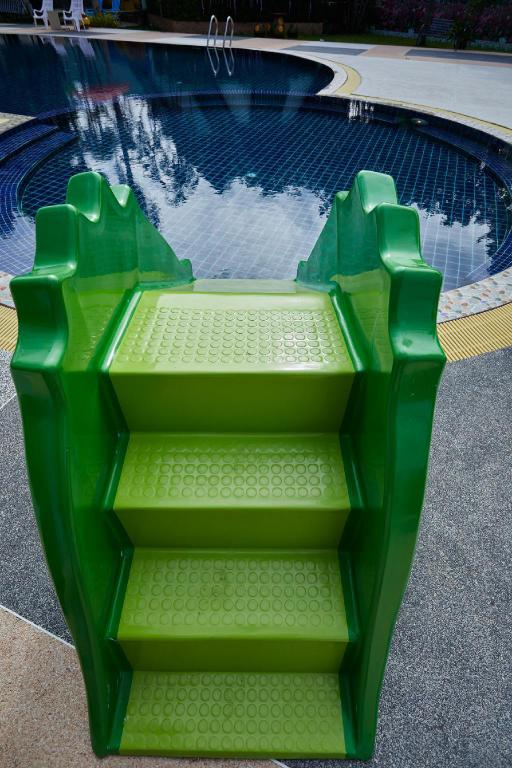Swimming pool [kids] The Sun House