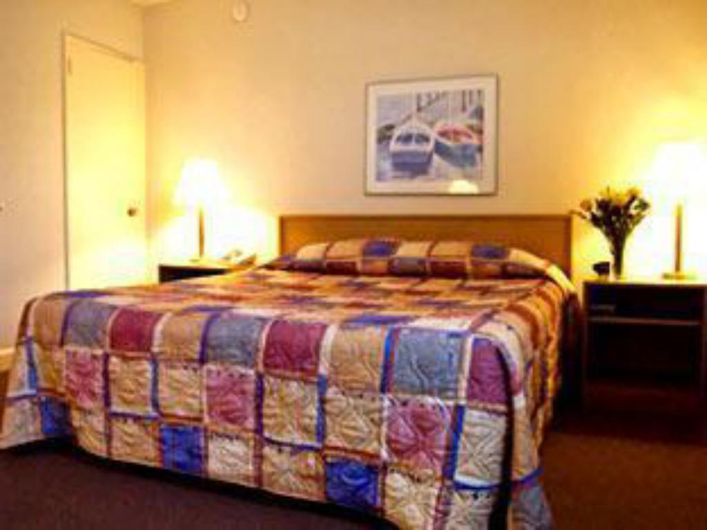 Standard - Cama Best Western University Hotel Boston-Brighton (Hotel Boston)