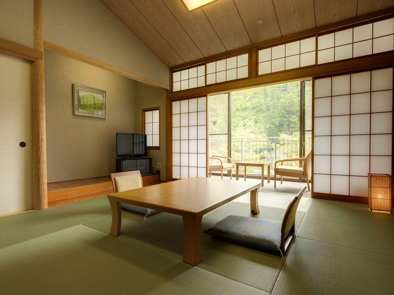 Japanese Style with Shared Bathroom 1