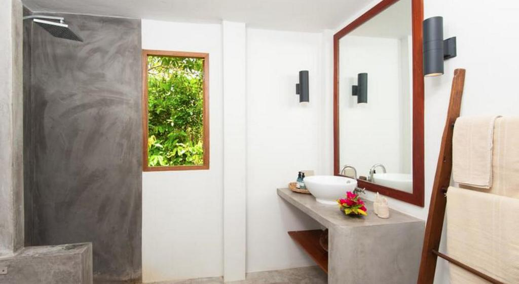 Bathroom Cape Shark Villas