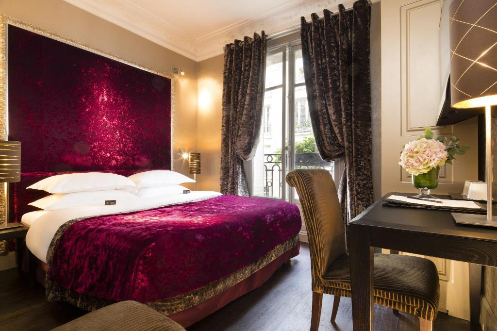 Classic Double Room Hotel Ares Eiffel