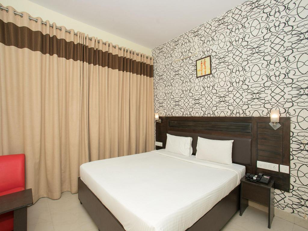 OYO 10378 Hotel New Golden Key